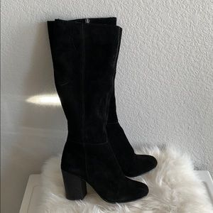 Bcbg black suede boots chunky heel